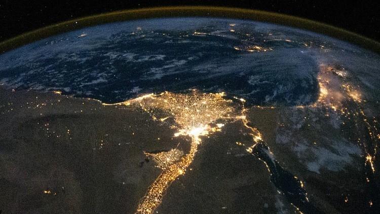 Delta del río Nilo en la noche, foto ilustrativa