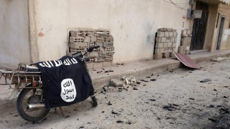 Purgas en el Estado Islámico: los extremistas ejecutan a 10 miembros de su organización