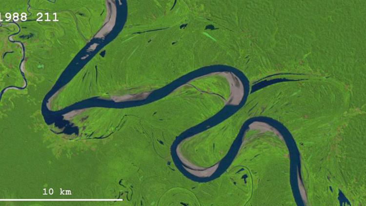 Los drásticos 'giros' de un río peruano sufridos en décadas, en una imagen GIF
