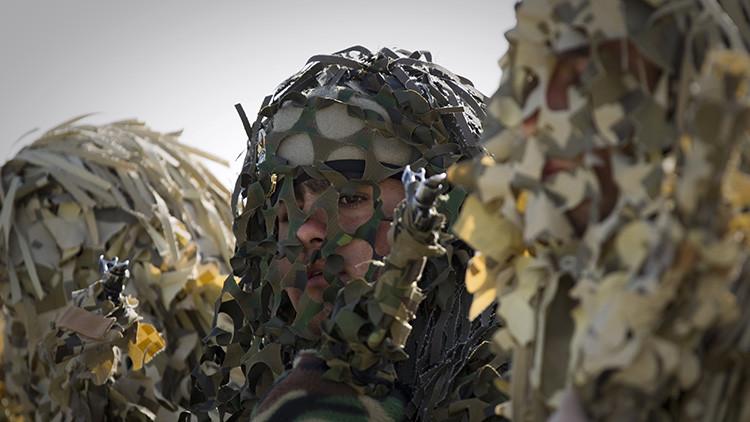 Desfile en el del Día del Ejército en Teherán