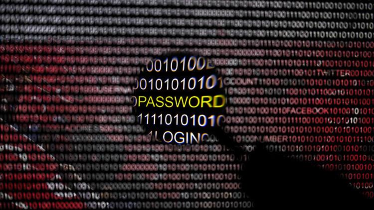 Unos 'hackers' filtran en Internet los datos personales de 50 millones de turcos, incluido Erdogan