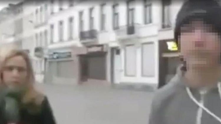 Video: Agreden en directo a unos reporteros italianos en Bruselas
