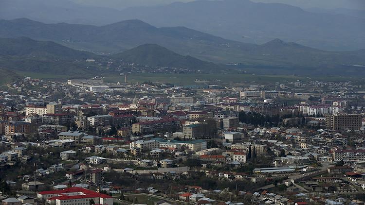 Azerbaiyán y Armenia alcanzaron en Moscú el acuerdo sobre la tregua en Nagorno Karabaj