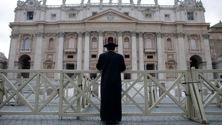 """Polémica en Francia: Obispo """"no sabría decir"""" si la pedofilia es un pecado"""