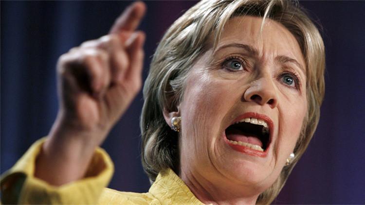 Hillary 'descalificada': Los internautas le roban  su 'hashtag' después de los ataques de Sanders