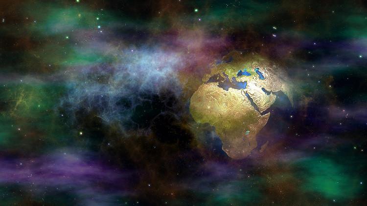 Orina potable, lechuga espacial y perfumes de otra galaxia : 7 curiosos experimentos de la NASA