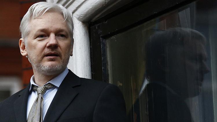 """""""Miedo al litigio"""": Assange critica a los medios que no han publicado ni un solo 'papel de Panamá'"""