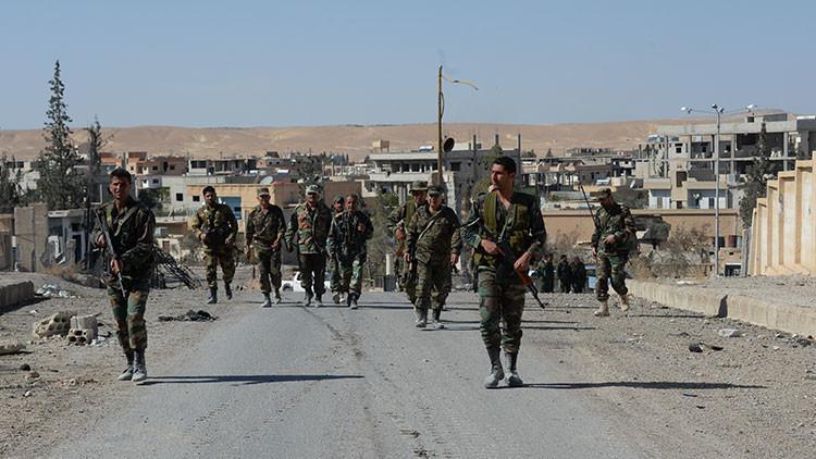 """""""Una operación única"""": El Ejército sirio libera Al Qaryatayn del EI sin sufrir bajas"""