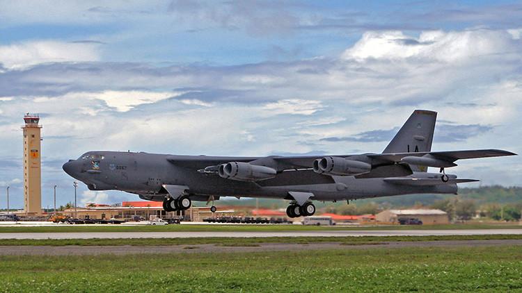 EE.UU. despliega bombarderos B-52 en Oriente Medio por primera vez en 25 años