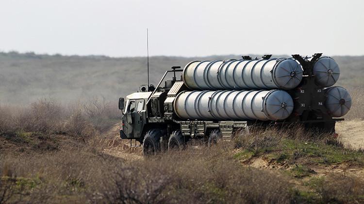 Irán confirma la primera entrega del sistema ruso de defensa antiaérea S-300