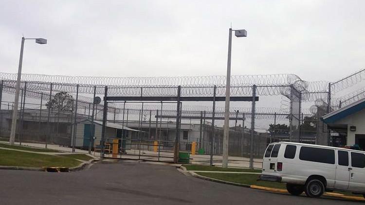 Demandan al estado de Florida por abusos sexuales en una prisión femenina