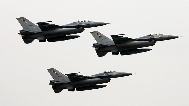 Varios cazas de las Fuerzas turcas violan el espacio aéreo griego en dos ocasiones