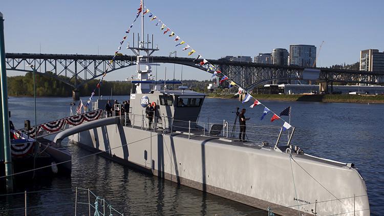 EE.UU. lanza su primer 'barco fantasma' para contrarrestar a Rusia y China (FOTOS)