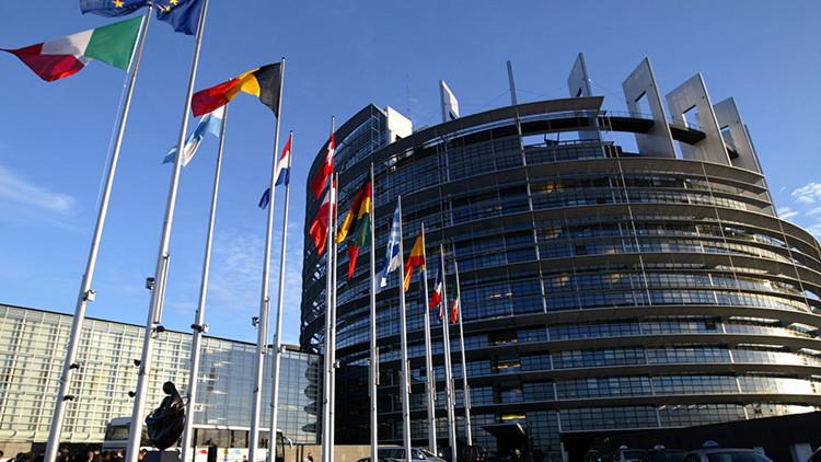 Infografía: ¿Qué países de la UE son los que más pagan a sus diputados?