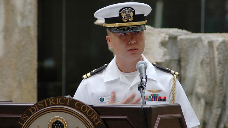 Inmigrante no tan ideal: ¿qué secretos contó a China el oficial de la Marina de EE.UU. Edward Lin?