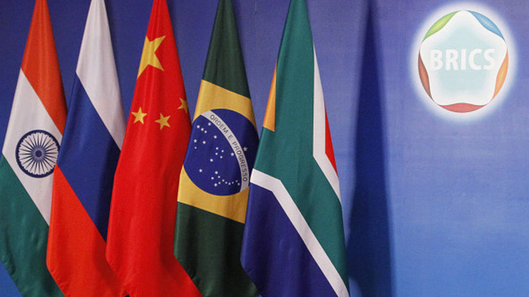 El Banco del BRICS aprueba el primer préstamo de 811 millones de dólares