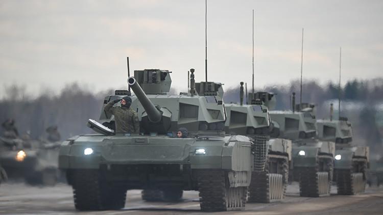 Los tanques T-14 Armata podrían fabricarse en serie este año y ser no tripulados en el futuro