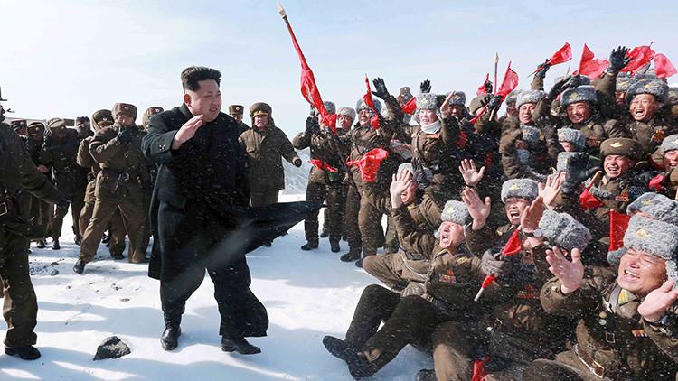 Corea del Norte pide ayuda a estadounidenses y británicos por miedo a un volcán