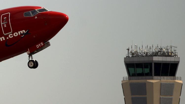 Palabras e historias que no se pueden contar: Revelaciones de un controlador aéreo