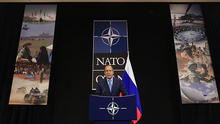 Viejos desafíos, nuevos formatos: Arranca la cumbre del Consejo OTAN-Rusia tras una larga suspensión