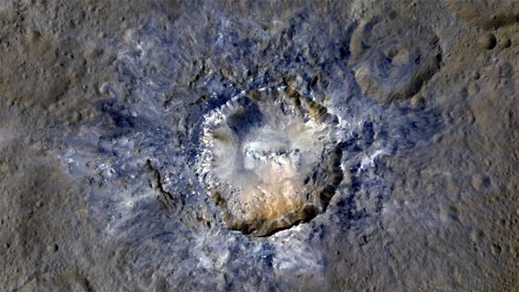 """""""Tesoro escondido"""": La NASA publica imágenes de dos enigmáticos cráteres en Ceres"""