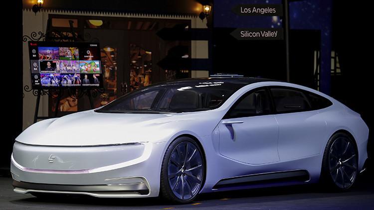 ¿Le ha salido un nuevo rival a Tesla?: Presentan un nuevo auto eléctrico y autónomo 'made in China'