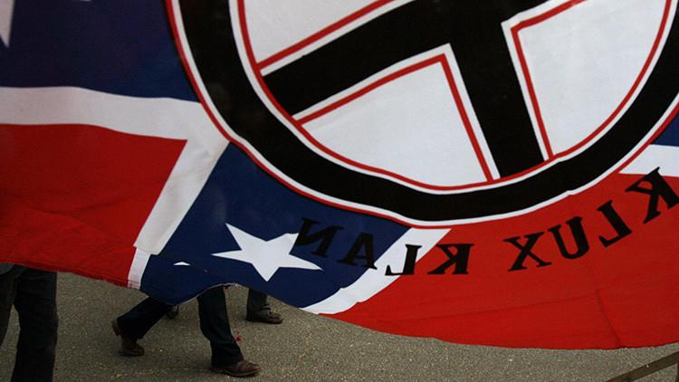 EE.UU.: Muere el líder del Ku Klux Klan en Georgia tras un enfrentamiento de 8 horas con la policía