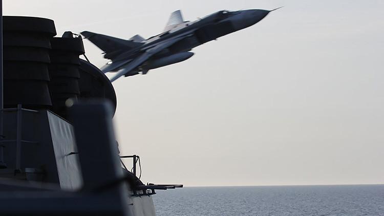 Un comandante de EE.UU. amenaza a los cazas rusos