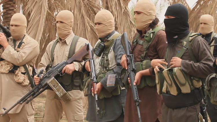 El Estado Islámico congela vivos a 45 combatientes por intentar desertar