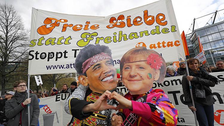 Protestas multitudinarias en Hannover contra el TTIP tras la llegada de Obama y Merkel