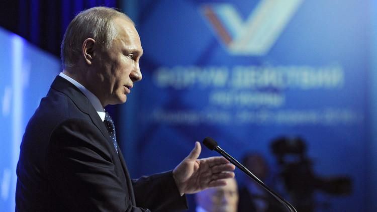 """Putin: """"Turquía no puede parar afluencia de terroristas porque están en contacto con ellos"""""""