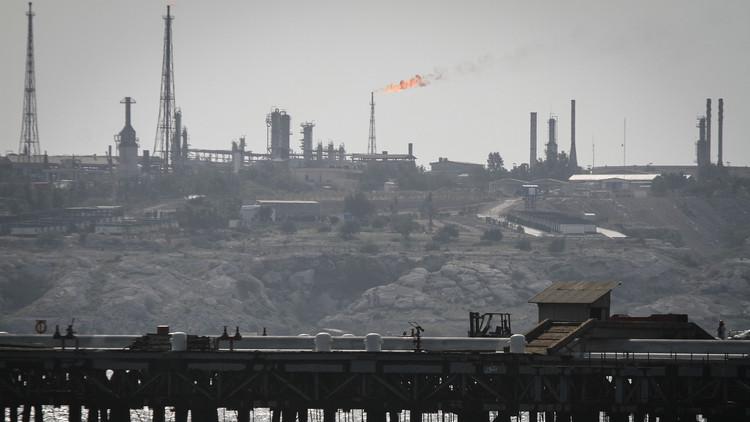 ¿Cuánto costará a los países del Golfo la crisis petrolera?