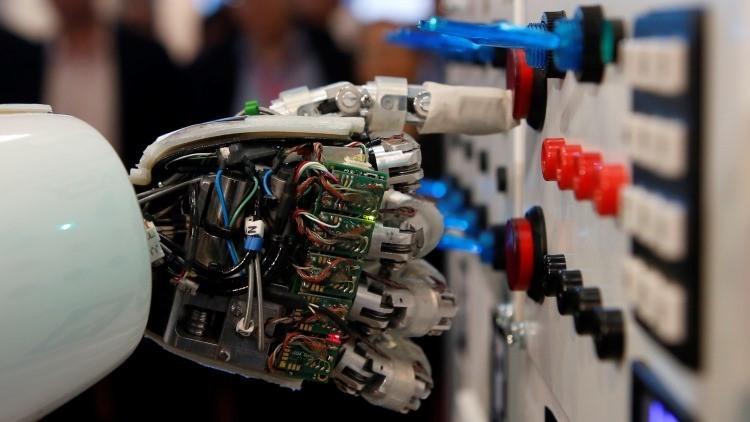 Brazo robótico de un androide