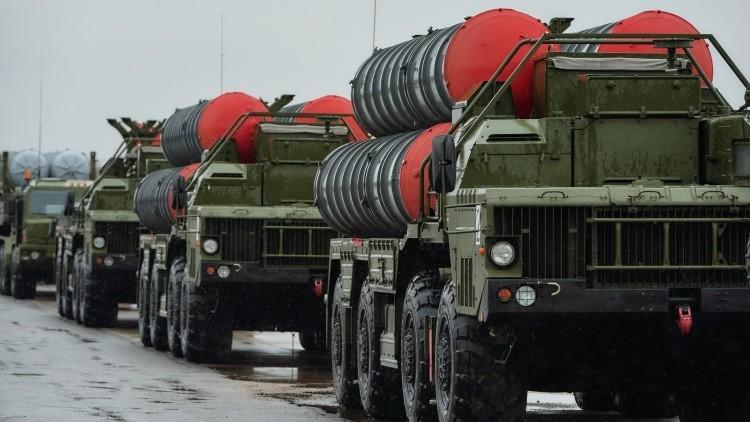 Informes contradictorios sobre la venta de los sistemas antiaéreos rusos S-400 a la India