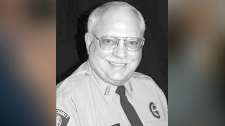 """EE.UU.: Exvoluntario de Policía se declara culpable de matar """"por accidente"""" a un afroamericano"""