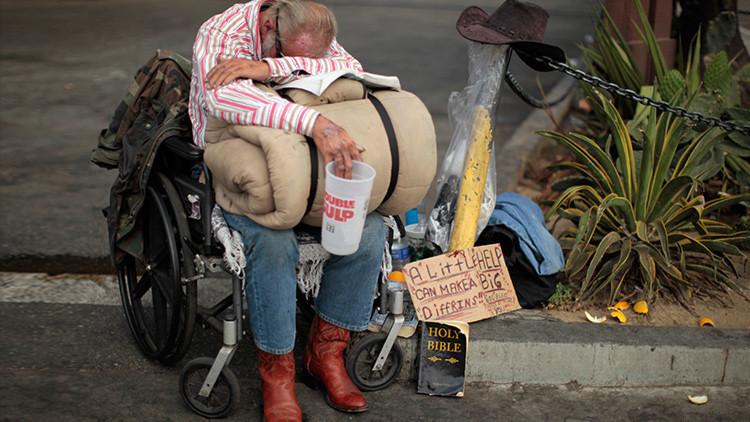 ¿Es posible acabar con la pobreza? Se lo explicamos en cinco tarjetas