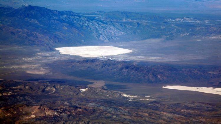 Misterio en el Área 51: Turistas filman una densa nube de humo con forma de hongo (Video)