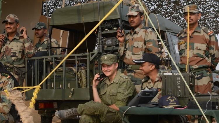 Rusia e India planean tres ejercicios militares conjuntos a gran escala en 2016