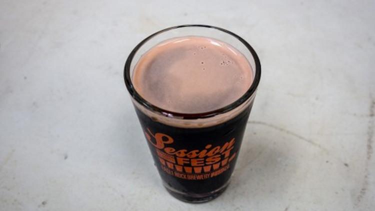 ¿Te atreverías a probar una cerveza de insectos?