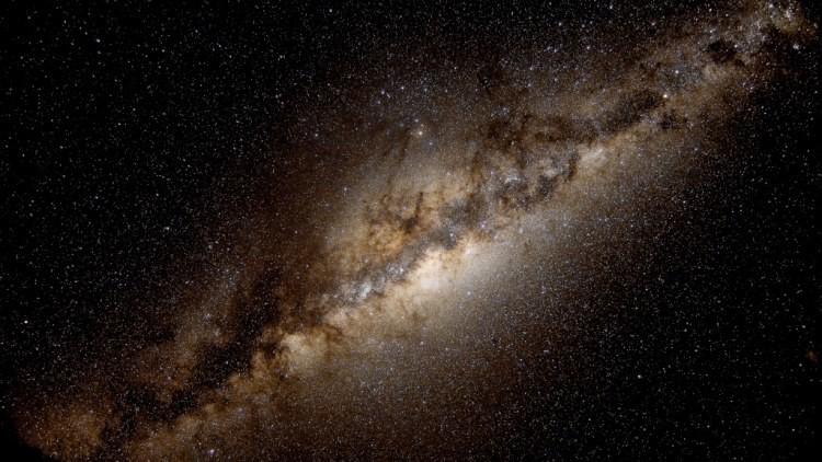 'Contacto': Científicos determinan cuándo la humanidad obtendrá respuesta de los extraterrestres