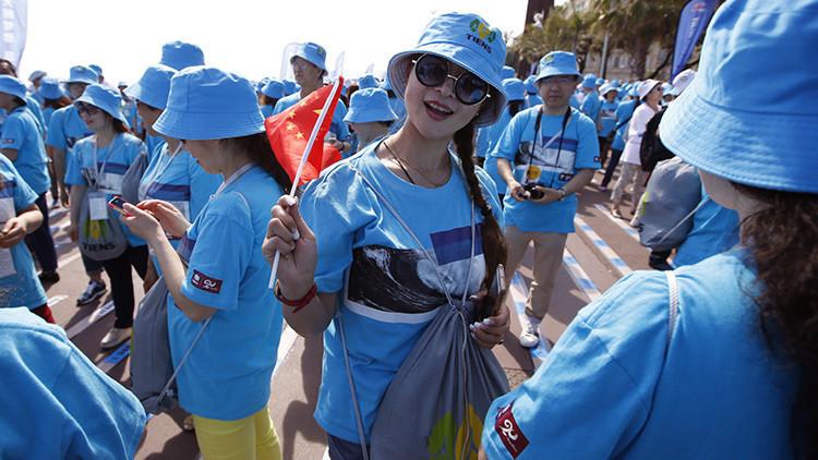 Jefe de ensueño: un empresario chino paga unas vacaciones en España a 2.500 trabajadores