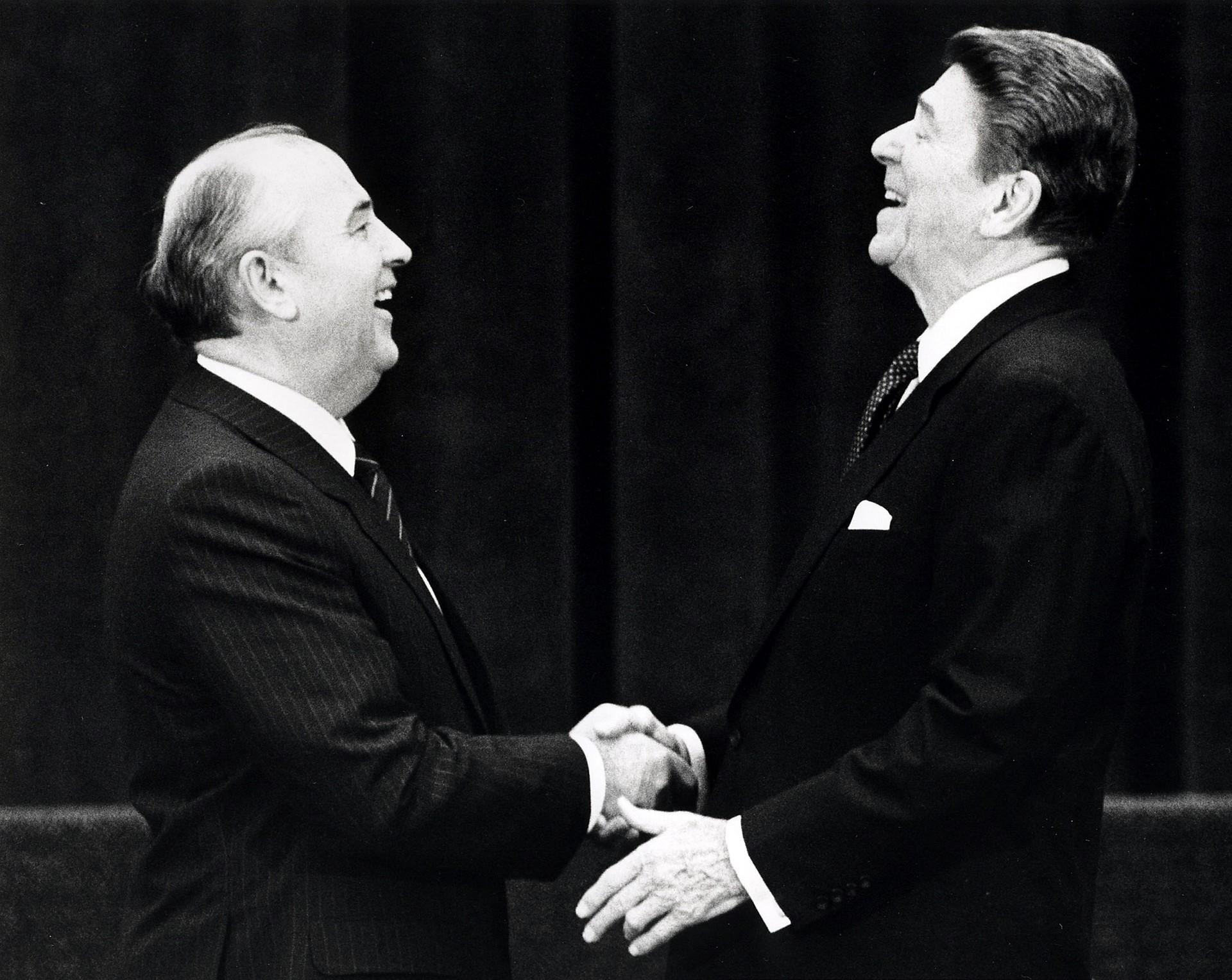 Resultado de imagen para gorbachov