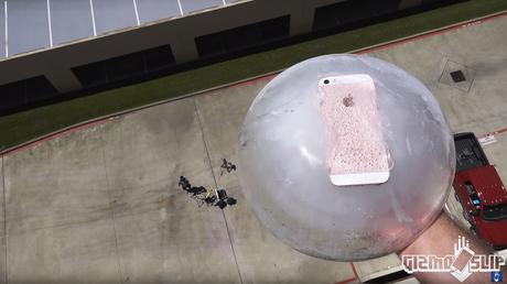 ¿Resistirá el nuevo iPhone congelado a una caída desde 30 m de altura?