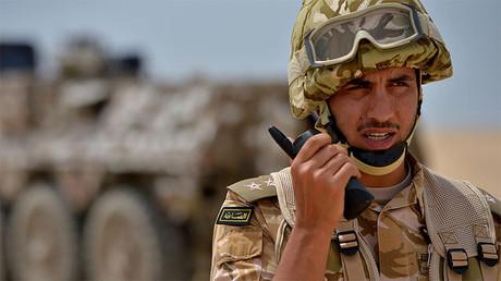 Un oficial del ejército saudita durante los ejercicios militares conjuntos Eagle Resolve.