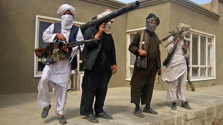 Combatientes talibanes.