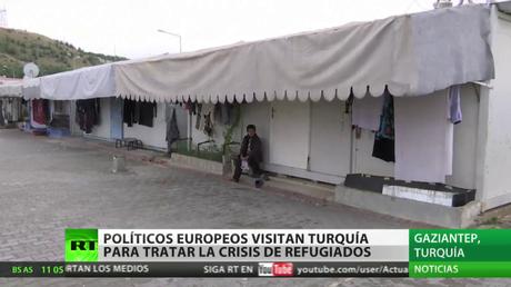 Políticos europeos visitan Turquía para tratar la crisis de refugiados