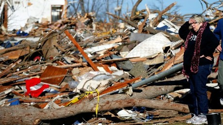 Estagos dejados por un tornado en EE.UU.