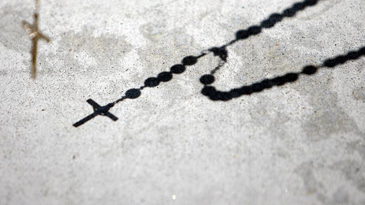 """""""Es un monstruo"""": un exsacerdote católico se enfrenta a sus víctimas durante el juicio"""