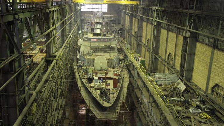 'Atronador': instalan dos motores a una sigilosa corbeta de la Armada rusa (Fotos)