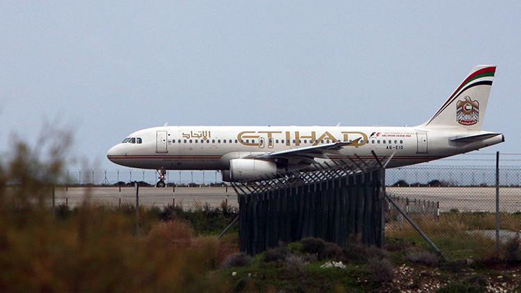 Fotos: 32 pasajeros heridos en un avión de Etihad por turbulencias